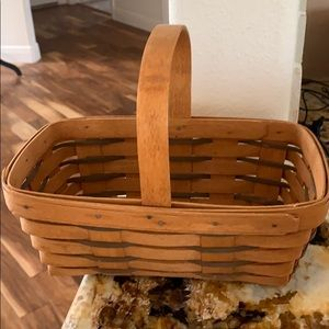 Longaberger carry basket with handle